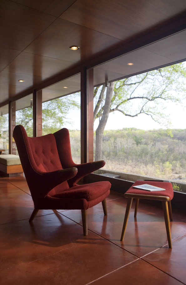 Wright's chaise and matching ottoman invite visitors to sit still while taking in the views of the Potomac.
