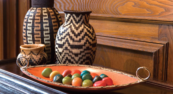 """Colombian woven baskets called """"guerregues"""" come from the country´s Pacific coast."""