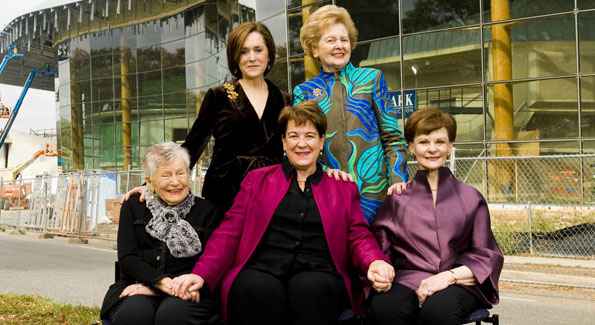 Jaylee Mead, Molly Smith, Arlene Kogod, Michele Berman, Beth Newburger Schwartz (Photo by Joseph Allen)