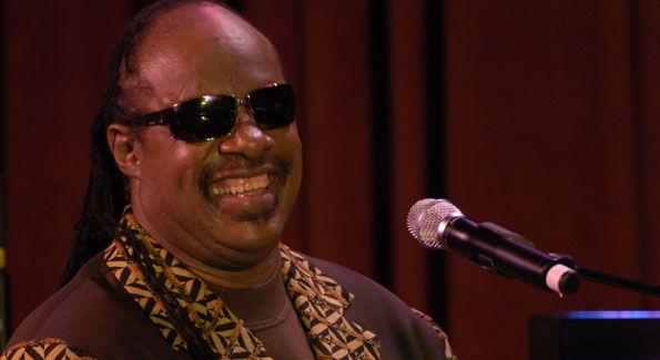 Stevie Wonder performs at 2007 event held in his honor.