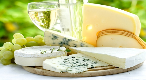 White or sparkling wine is often the most perfect cheese pairing.