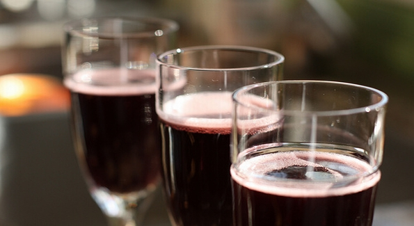 Sparkling Shiraz is a sexy, fizzy, bold option for Valentine's Day.