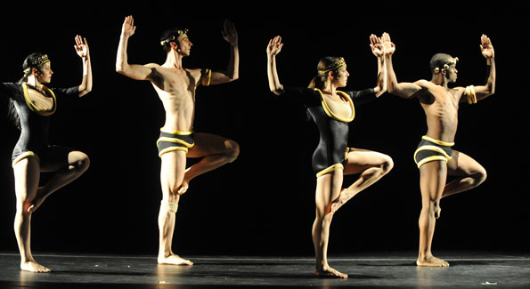 CityDance Ensemble. Photo by Paul Gordon Emerson.