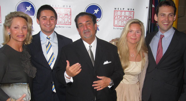 The Leonsis family (l to r) Lynn, Zachary, Ted, Elle, and Street Soccer USA founder Lawrence Cann (photo by Jane Hess Collins)