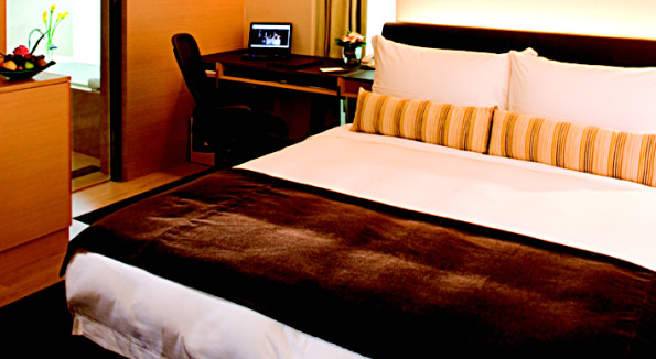 Hotel Bedroom: G500 Superior. Courtesy of Hotel LKF.