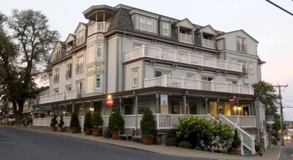 Exterior of Mansion House Inn, Health Club, & Spa
