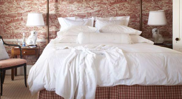 Luxurious Bedroom Inside Hob Knob Inn