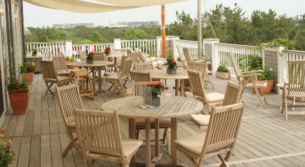 Outdoor Seating at Lure Grill at the Winnetu Oceanside Resort