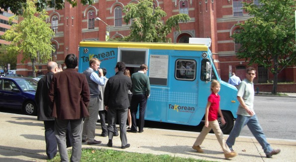 Takorean serves lunchtime crowds at McPherson Square.
