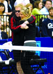Tennis star, Anna Kournikova, will help Sir Elton John raise awareness for HIV/AIDS this November 15th.