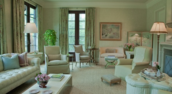 The living room has a series of French doors that open onto a large terrace. Photo by Marcos Galvany.