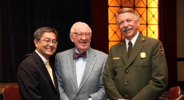 NJAMF Chairman Dr. Craig D. Uchida honors Supreme Court Justice John Paul Stevens and Director of the National Park Service, Jon Jarvis.