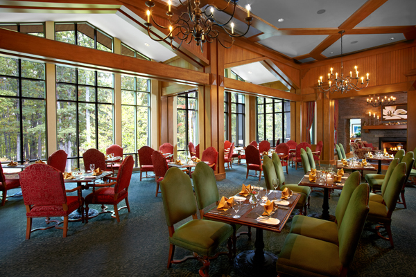 Resort guests dine at TREE Restaurant and Bar. Photo courtesy The Lodge at Woodloch.