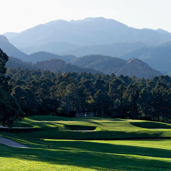 Award-winning golf courses provide a challenge for sporty guests.