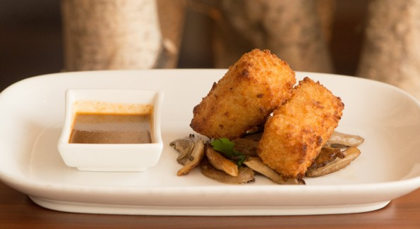 Fried Truffled Mac and Cheese is a finger food starters on the F.I.T. menu. Photo courtesy of härth.