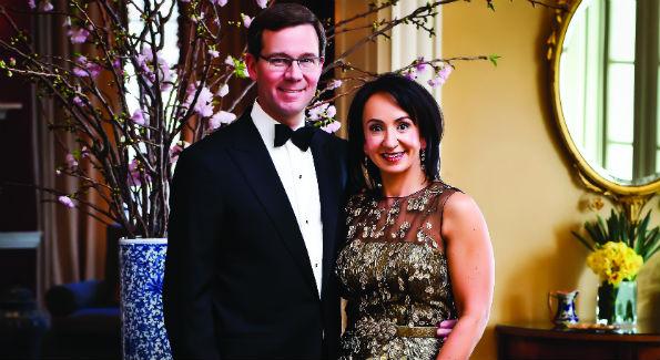 Robert and Elena Allbritton (Photo by Tony Powell)