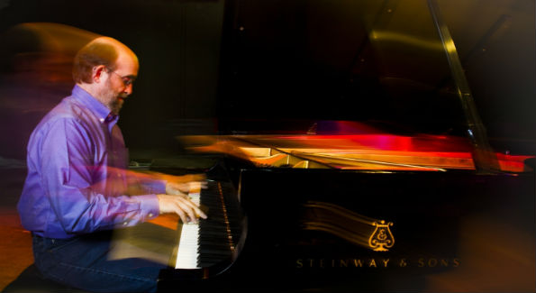 George Winston (Photo by Joe del Tufo)