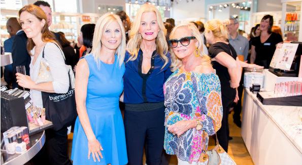 Marla Beck, Susanna Quinn, Deborah Sigmund. Photo by Daniel Schwartz.