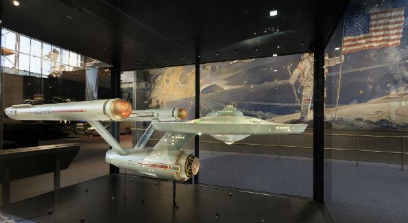 StarshipEnterprise_case